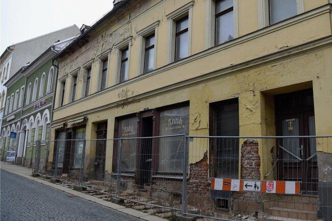 Die Stadt Markneukirchen plant den Erwerb des Hauses Straße des Friedens 15.