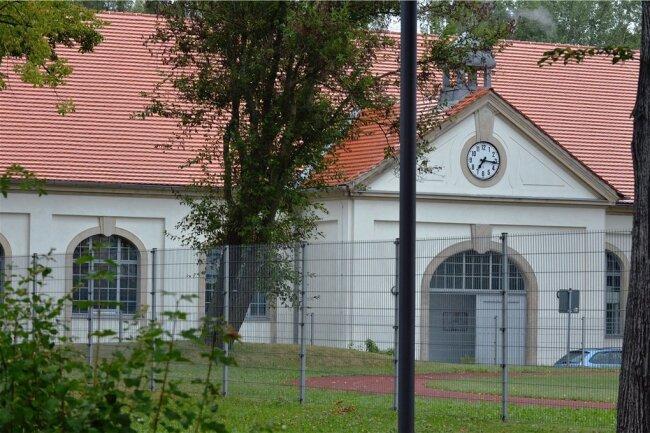 In der Glück-auf-Sporthalle der TU Bergakademie Freiberg an der Chemnitzer Straße soll nach Plänen der Stadt ein zeitweiliges Impfzentrum eingerichtet werden.