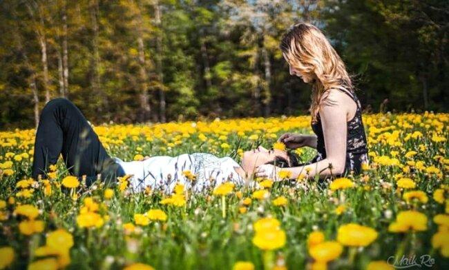 """Maik Rolle aus Marienberg bringt es auf den Punkt, was man im Frühling tun sollte: """"Bei diesem herrlichen Wetter raus gehen, eine schöne Wiese suchen und entspannen."""" Tadellos umgesetzt."""
