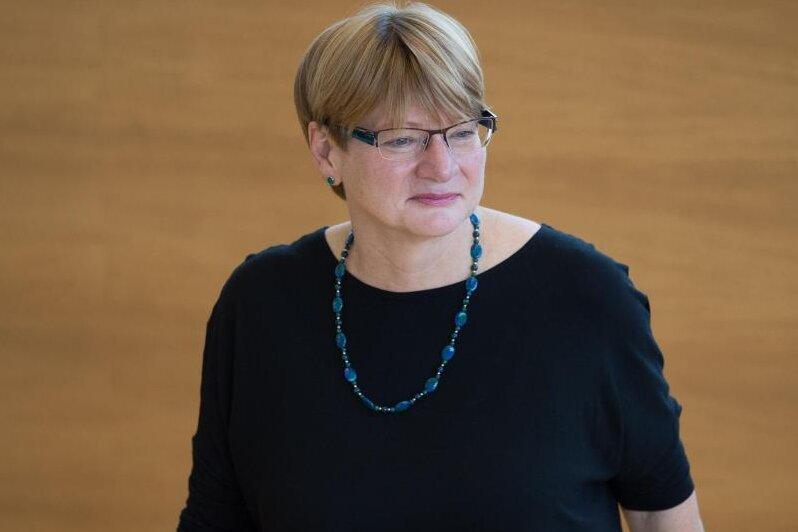 Jana Pinka (Die Linke) im Landtag.
