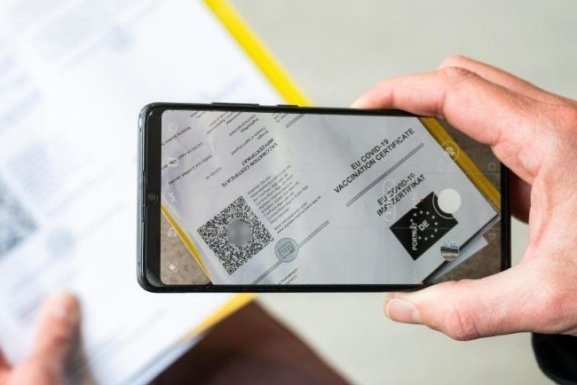 Start des digitalen Impfpasses: Apotheken in Chemnitz melden Technikprobleme