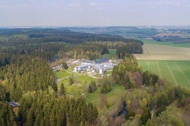 Die Klinik der Berufsgenossenschaft in Dorfstadt.