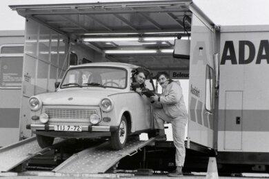 Am 5. März 1992 stand zum ersten Mal der ADAC-Prüfzug am Sachsenring. Trabis schnitten auf dem Prüfstand oft nicht so gut ab.