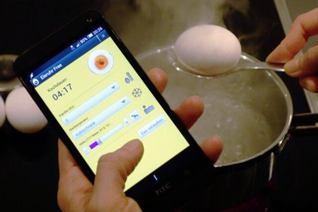 Je nach Größe des Eis und der Ausgangstemperatur, verbunden mit dem gewünschten Endzustand ermittelt die Eieruhr-App die genaue Kochzeit.