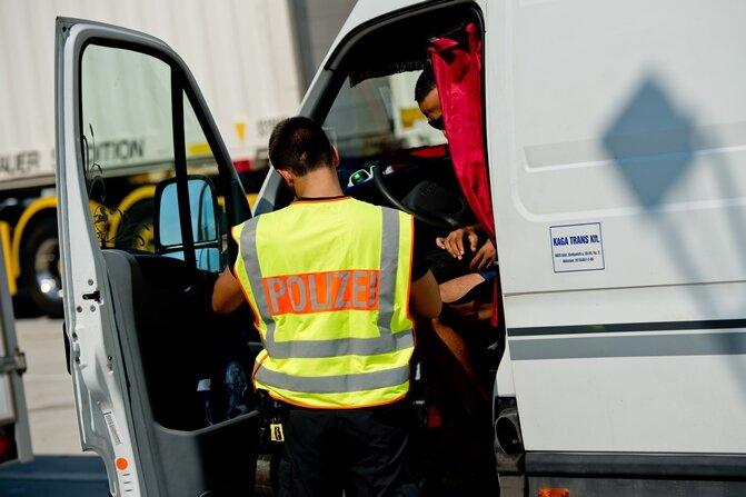 Bundespolizei macht Jagd auf Schleuser