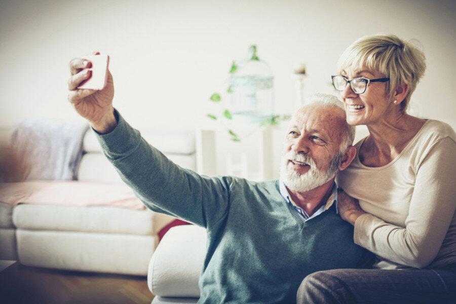 Smartphone: soziale Isolation überbrücken.