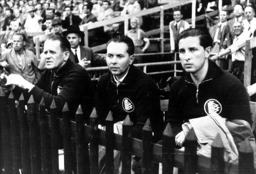 Stiftung von Sepp Herberger (links) richtet Turnier aus
