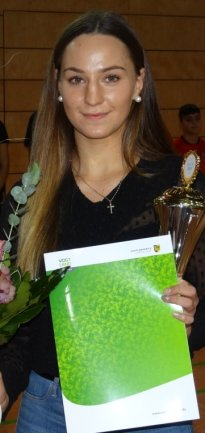 Gina Spranger vom Boxteam Oelsnitz geht ihren Weg. Die 21-jährige Leubnitzerin boxte unlängst erstmals im deutschen Nationaldress und strebt einen EM-Start an.