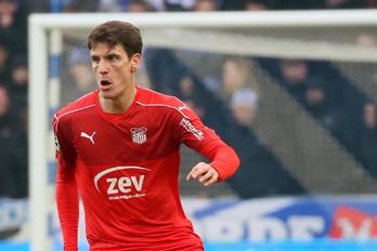 Abwehrspieler Jonas Acquistapace kehrt nach nur einem halben Jahr bei Ligakonkurrent Sportfreunde Lotte zum FSV Zwickau zurück.