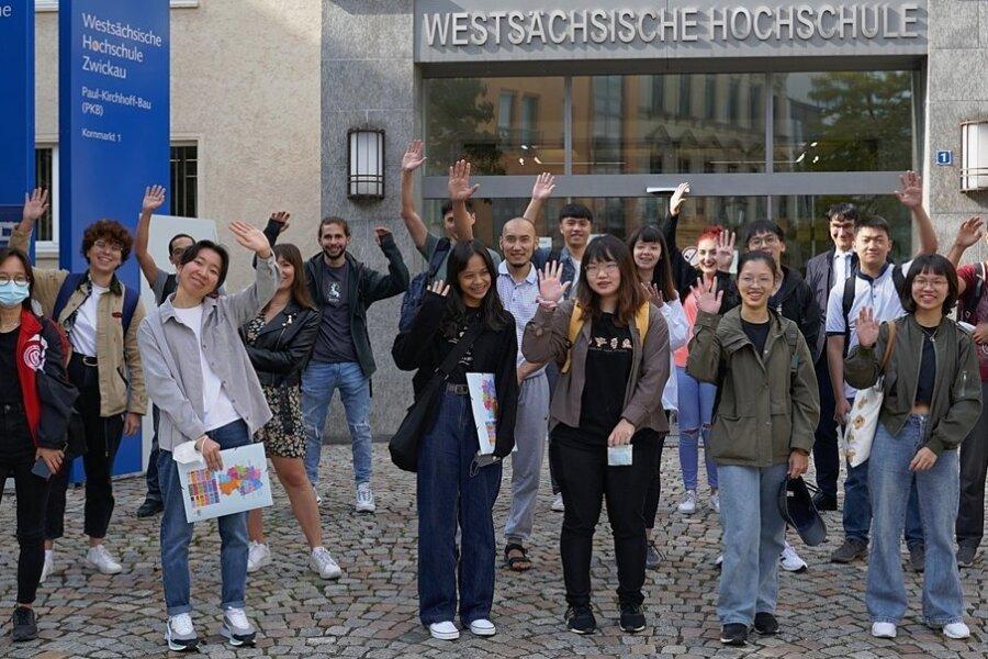 Ausländische Studenten wollen vor Studienbeginn ihre Deutschkenntnisse vertiefen.