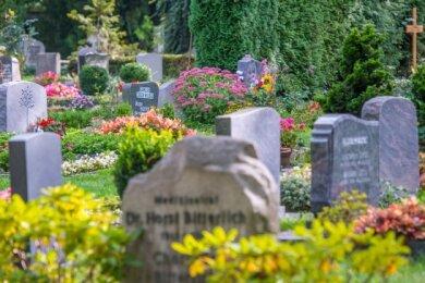 Der Friedhof an der Schneeberger Straße ist Ruhestätte für Menschen aus Stollberg, den Ortsteilen und Niederdorf.