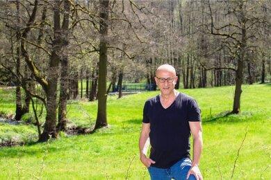 Andreas Ernstberger im Syratal: Dieser Flecken Erde sei für ihn etwas Besonderes, sagt der OB-Kandidat. Grundsätzlich aber habe er viele Lieblingsorte in Plauen - auf einen festlegen könne er sich nicht.