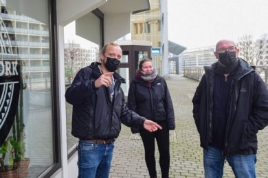 Die Sozialarbeiter Christian List, Sandra Morgenstern und Frank Rothe fürchten einen Problemstau wegen der Corona-Schutzregeln.