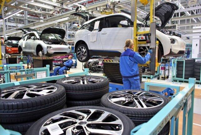 Die Produktion des Elektroautos i3 in Leipzig.
