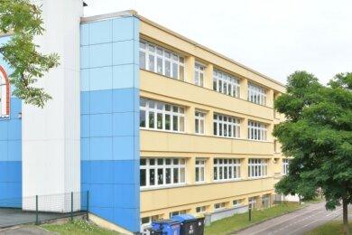 """Die Grundschule im Reinsberger Ortsteil Neukirchen trägt den Namen """"Zur Grabentour""""."""