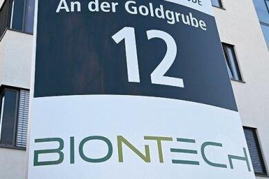 Die Mainzer Biontech-Zentrale liegt an einer Adresse, die Wünsche und Hoffnungen offenlegt. Was immer die Biontech-Chefs sich wünschen, Hoffnungsträger sind sie für die ganze deutsche Biotechnologiebranche.
