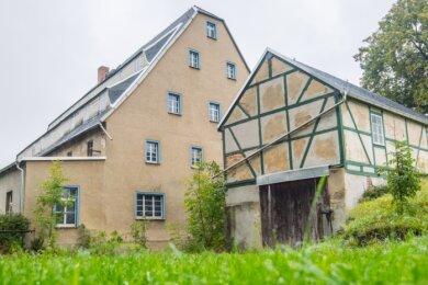 Die Herrenmühle in Neukirchen soll verkauft werden. Bislang hatte der Heimat- und Geschichtsverein Neukirchen dort sein Domizil und bot auch einige Veranstaltungen an. Doch er musste das Domizil verlassen und braucht eine neue Bleibe.