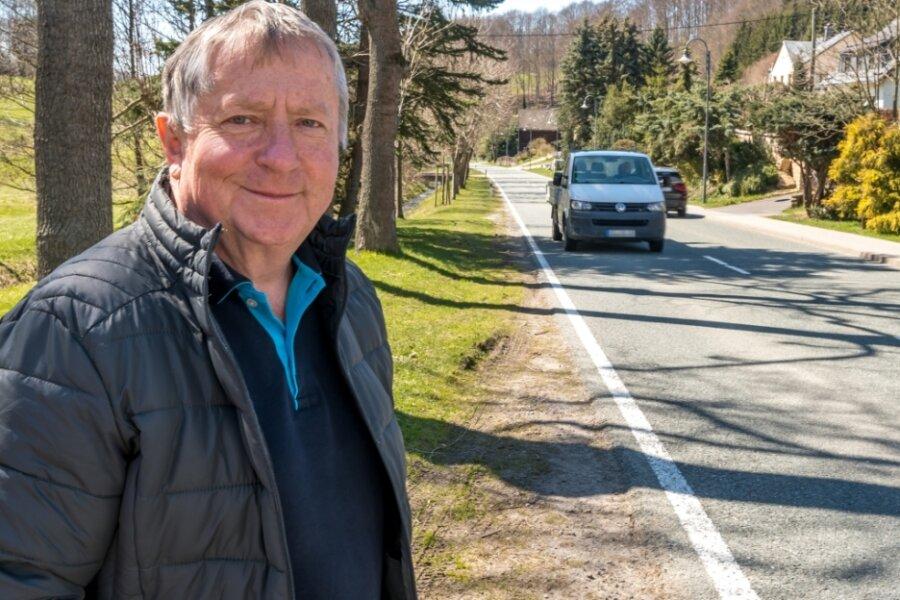Entlang der Staatsstraße in Richtung Boden soll linksseitig ein Fußweg errichtet werden. So sehen es die Pläne der Großrückerswalder Verwaltung um Bürgermeister Jörg Stephan vor.