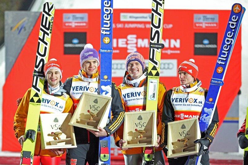 Die deutschen Skispringer haben den Team-Wettbewerb in Klingenthal gewonnen.
