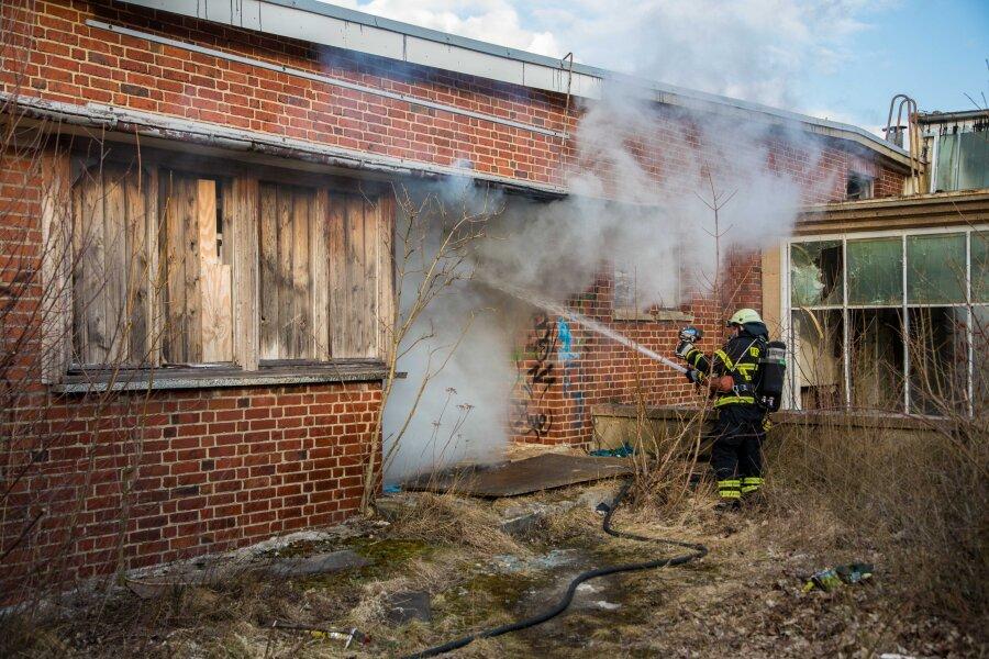 Freiberg: Feuer auf Industriebrache