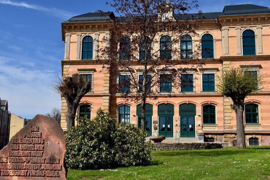 Die Pestalozzi Oberschule in Limbach-Oberfrohna wird saniert. Dabei sollen einige Bereiche auch nach den Wünschen der Schüler gestaltet werden.