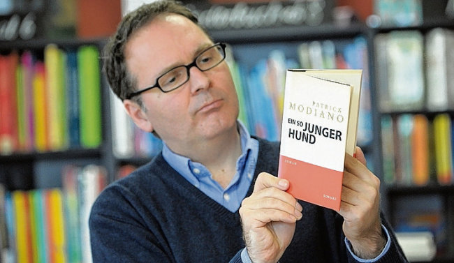"""Klaus Kowalke und sein Team von der Buchhandlung """"Lessing und Kompanie"""" auf dem Kaßberg haben allen Grund zur Freude. Ihr Unternehmen gehört zu den drei besten Buchhandlungen in Deutschland."""