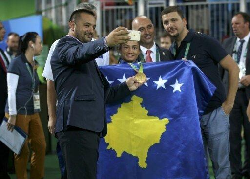Die Flagge des Kosovo ist in Spanien nun erlaubt