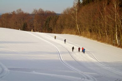 Auf dem Hochplateau des Olbernhauer Hainbergs befindet sich die 3,5 km lange Rundloipe.