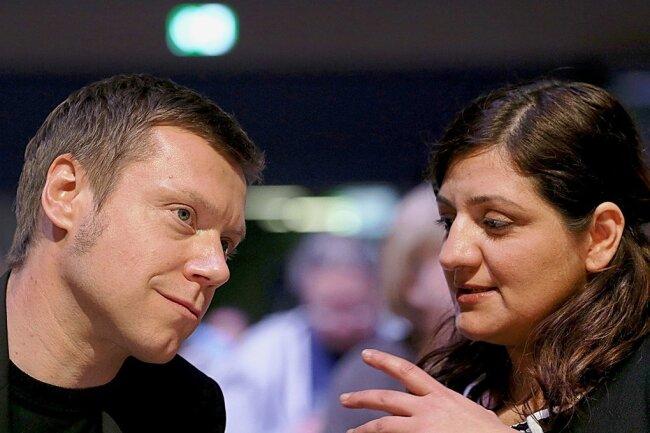 Martin Schirdewan und Özlem Demirel sind die Spitzenkandidaten der Linkspartei für den Europawahlkampf. Sie wurden auf dem Parteitag der Linken in Bonn gewählt.