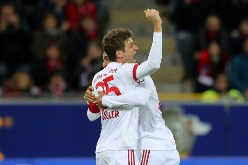 Thomas Müller jubelt über einen lockeren Sieg
