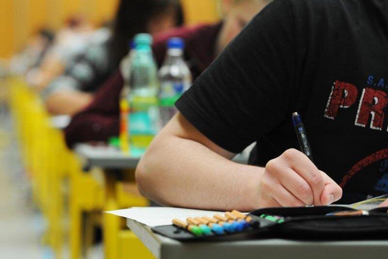 Warum Sachsen die Mathe-Abiturnote anhebt