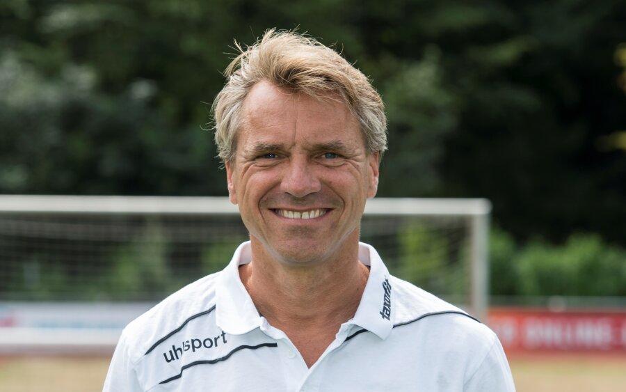 Horst Steffen trainiert den CFC.