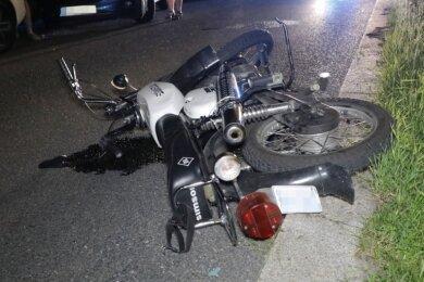 Bei einem Verkehrsunfall am Dienstagabend wurde eine 16-Jährige schwer verletzt.