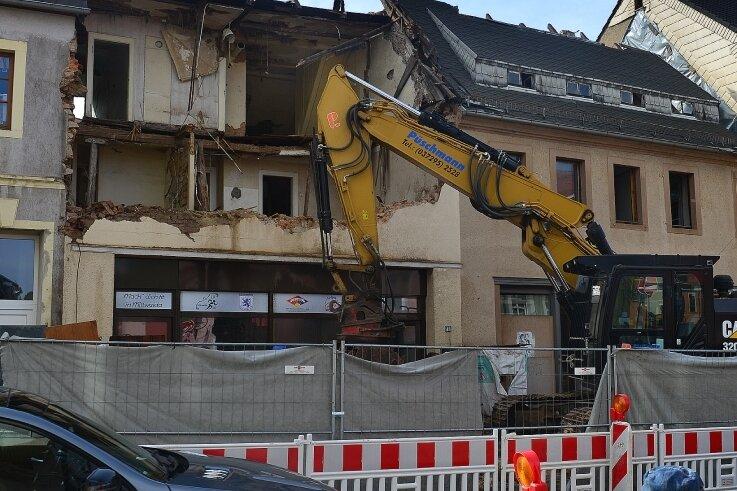 Abriss vor dem Straßenbau