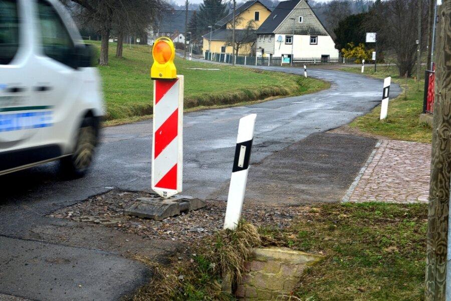 Die Ortsdurchfahrt von Erlebach soll in diesem Jahr saniert werden, nachdem in den Vorjahren schon die Abschnitte der Kreisstraße im Bereich Höckendorf erneuert wurden.