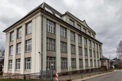 Die Kreißigfabrik: Schon 2017 machte sich die Gemeinde Gedanken, wie das Gebäude nutzbar wäre.