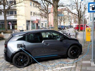 Kleine Stadtflitzer und Zweitwagen kommen häufig mit einer kleineren Batterie aus - sofern sie keine langen Strecken fahren sollen.