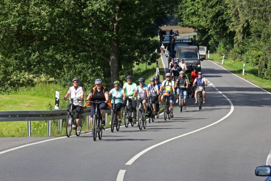 Protestfahrt für Ausbau des Muldentalradweges