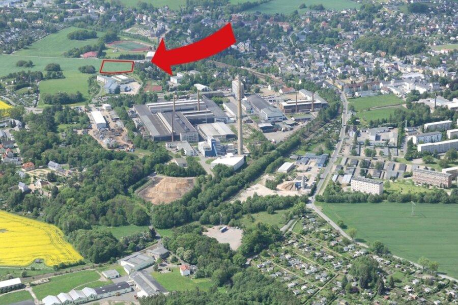Brand-Erbisdorf bietet eine Vielzahl an Arbeitsplätzen, doch viele Arbeitskräfte wohnen nicht in der Stadt. Nun wird ein Baugebiet erschlossen. Die Interessenten kommen auch aus anderen Orten.