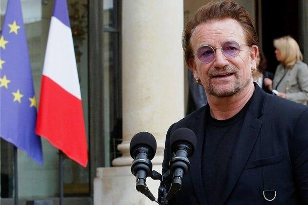 Hat gefühlt mindestens so oft in gesellschaftlich-politischer Mission Mikrofone vor sich wie auf der Konzertbühne: U2-Frontmann Bono.