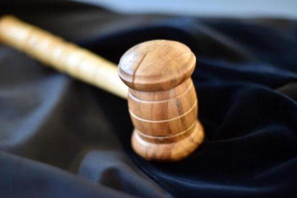 Kindesmissbrauch: Reitlehrer erneut vor Gericht