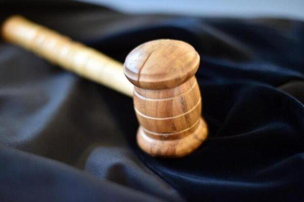 Prozess gegen mutmaßliches Mitglied rechter Terrorgruppe ausgesetzt