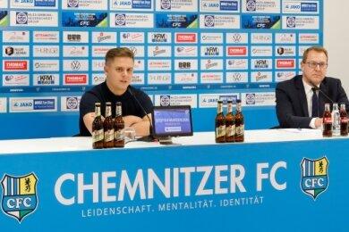 Hatten gute Nachrichten zu verkünden: CFC-Chefin Romy Polster, Pressesprecher Steffen Wunderlich und Anwalt Oliver Junghänel (von links) bei der Pressekonferenz am Montagnachmittag.