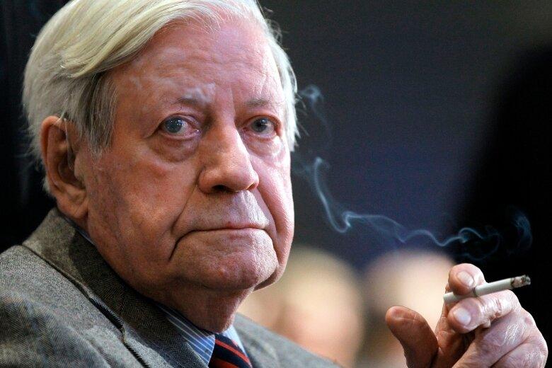 Ein ganz besonderer Jubilar: Altbundeskanzler Helmut Schmidt (SPD) wird am Montag stolze 95 Jahre alt.