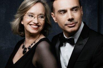 Gastieren mit Opern-Ouverturen in Reichenbach: Sofia Cabruja und Carlos Lama.