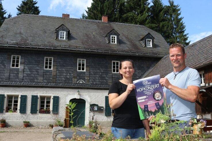 Nadine Barth und Marcus Heyn von den Freunden der Lochmühle freuen sich auf Gäste.