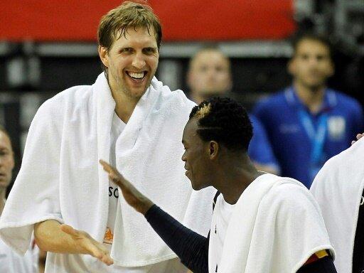 Deutsche NBA-Stars Dirk Nowitzki und Dennis Schröder