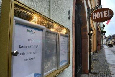 """Immer noch geschlossen: Das Restaurant """"Tafelspizz"""" im Hotel """"Deutsches Haus"""" in Mittweida kann zurzeit keine Gäste bewirten, denn es findet sich kein Koch und keine Köchin."""