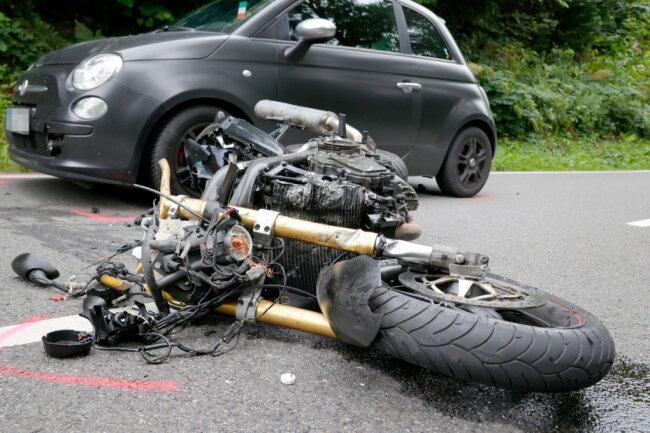 Ein schwerer Verkehrsunfall hat sich auf der S228 ereignet.