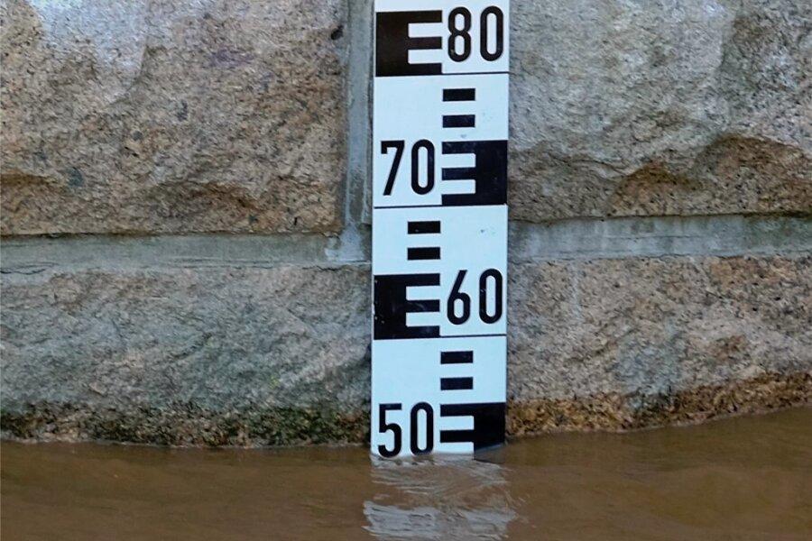 51 Zentimeter Wasserstand zeigt derzeit der Pegel der Göltzsch in Mylau. Beim Hochwasser 2013 war er rasant auf den Rekordstand von 2,49 Meter gestiegen.